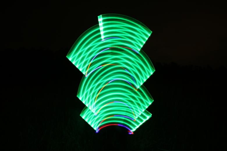 """Lightpainting :) - Zelf tekenen met lichtbronnen. Verslavend om te doen!! <img  src=""""/images/smileys/smile.png""""/>"""