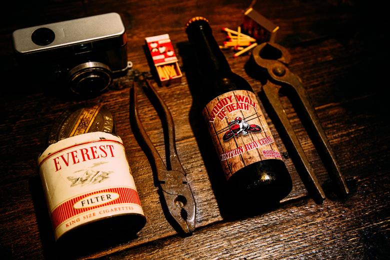 """Wall of Death product fotografie - Vandaag de nieuwe product fotografie studio testen, en bier drinken <img  src=""""/images/smileys/wilt.png""""/>"""