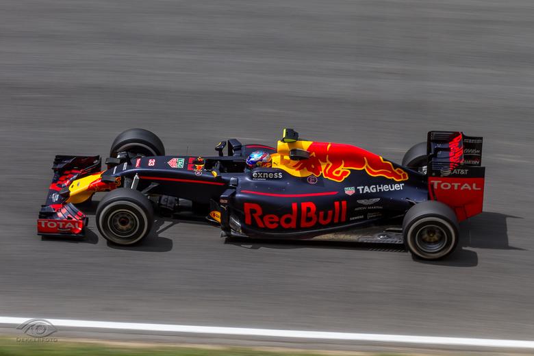 Max Verstappen  - Vorig weekend mocht ik getuige zijn van de historische overwinning van Max Verstappen op het circuit van Barcelona.