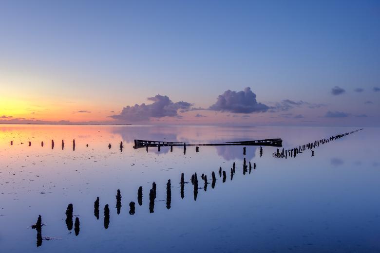 Rust en stilte - Zondagavond heerlijk genoten van een prachtige zonsondergang en de heerlijke rust en stilte van het altijd mooie Wad.