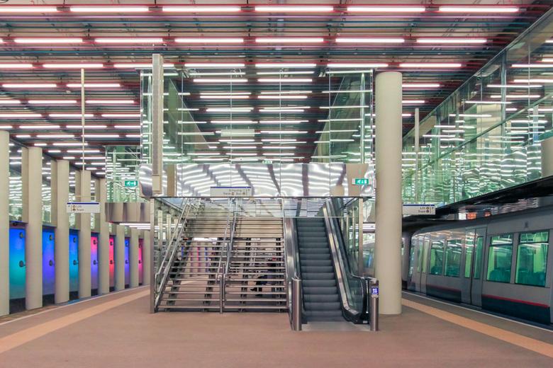Metrostation Rdam Centraal - Aangepaste versie (rechtgezet)