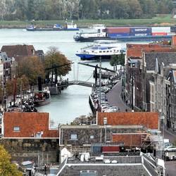 P1040606 Dordrecht van Boven nr2  23okt 2018