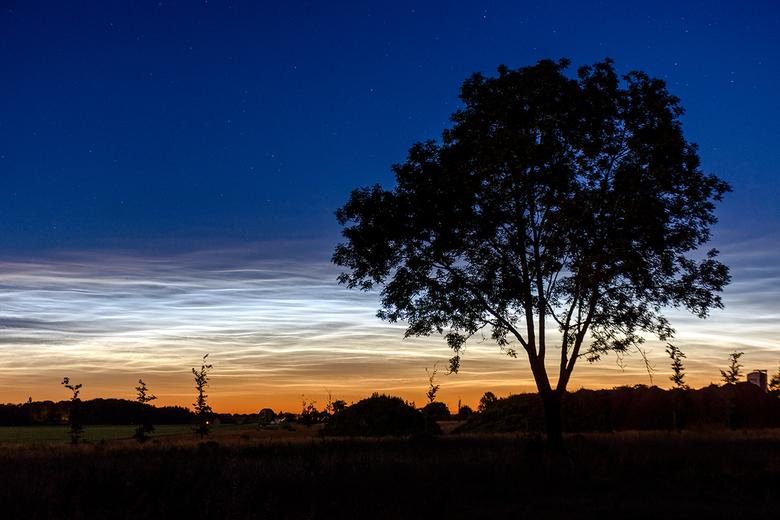 NLC - Afgelopen nacht was er lichtende nachtwolken. Wat was het fel en prachtig!! Hopelijk krijgen we meer van dit soort avonden.