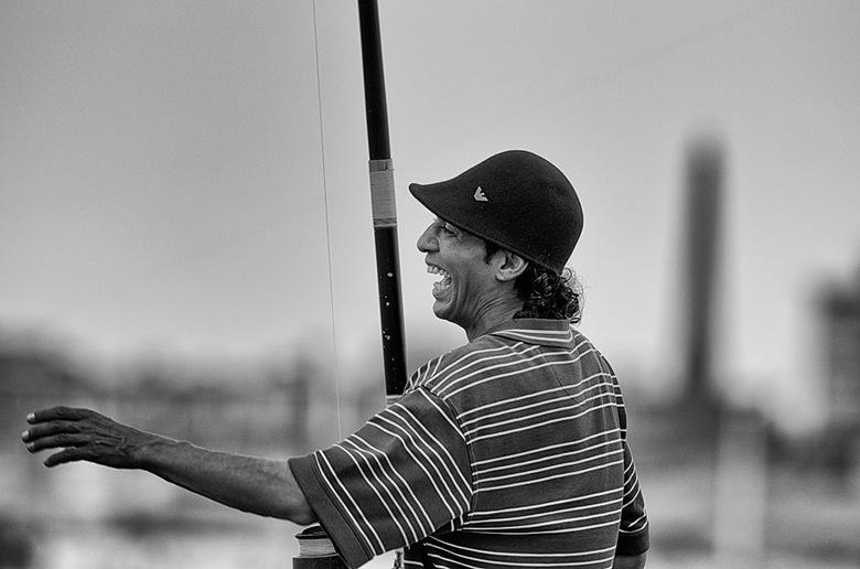 Vrolijke Frans - Visser op het havenhoofd in Scheveningen