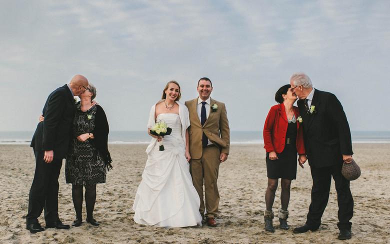 the Kiss - Robert en Karin op het strand van Hoek van Holland afgelopen maandag.
