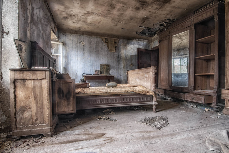 Bedroom - Abandoned bedroom