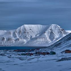 Uitzicht op Longyearbyen