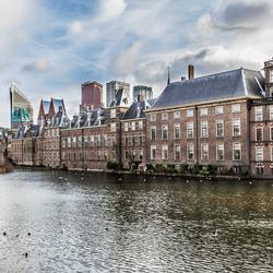 Den Haag Skyline & Parlement