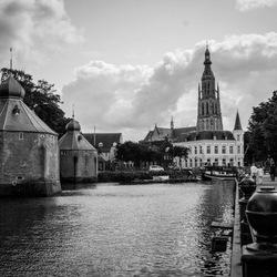 Haven en grote kerk breda