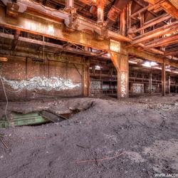Verlaten oude staalfabriek (2)