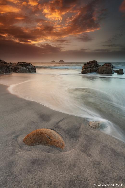 Porth Nanven - Een klein strandje in Cornwall. Dit moet je echt weten te vinden. Hier een paar uurtjes vertoefd en eigenlijk alleen gewacht op het jui