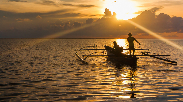 Sunset workers - <br /> When the sun sets and the heat of the day leaks away, it becomes time for the fishermen to rise. They gather their nets and b