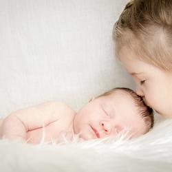 Kus van je grote zus