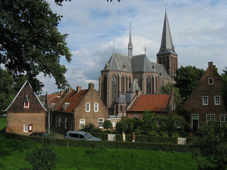 Nederland 's Heerenberg , St. Pancratiuskerk