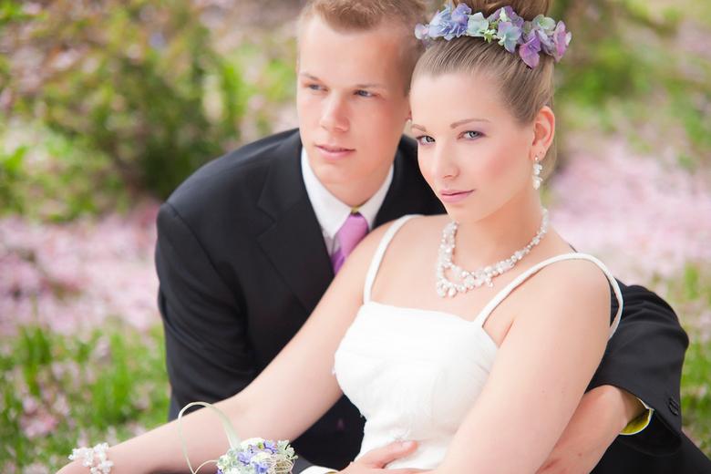 Kim en Mike trouwen roze paars tinten - Kim en Mike trouwen