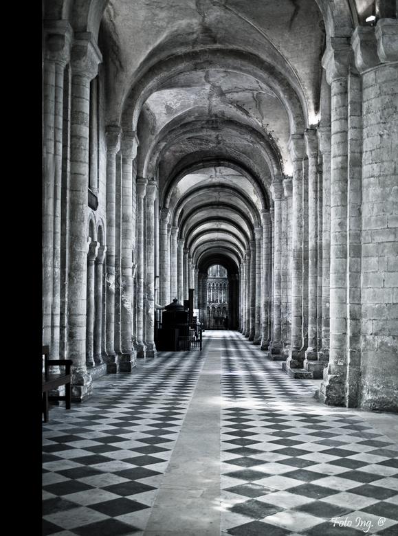 Ely Cathedral  - Weer even terug naar Ely nu. Die cathedraal was een mooie inspiratiebron voor een hoop foto&#039;s... <br /> Heb deze omgezet in zw/