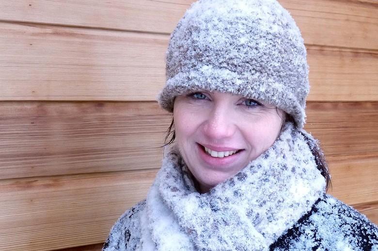 ijskoud - Thuiskomst na een winterse wandeling.