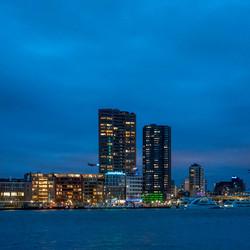 Rotterdam Leuvenhaven 's avonds