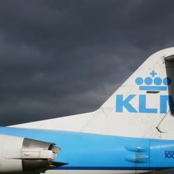 KLM pops