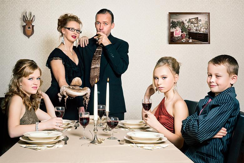 """Happy Meal - Wat eten jullie met de feestdagen? Niet iedereen heeft zin in het eten wat hier wordt geserveerd. <img  src=""""/images/smileys/smile.png""""/>"""