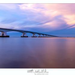 Zeelandbrug tijdens zonsondergang