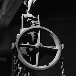 Chained Wheel