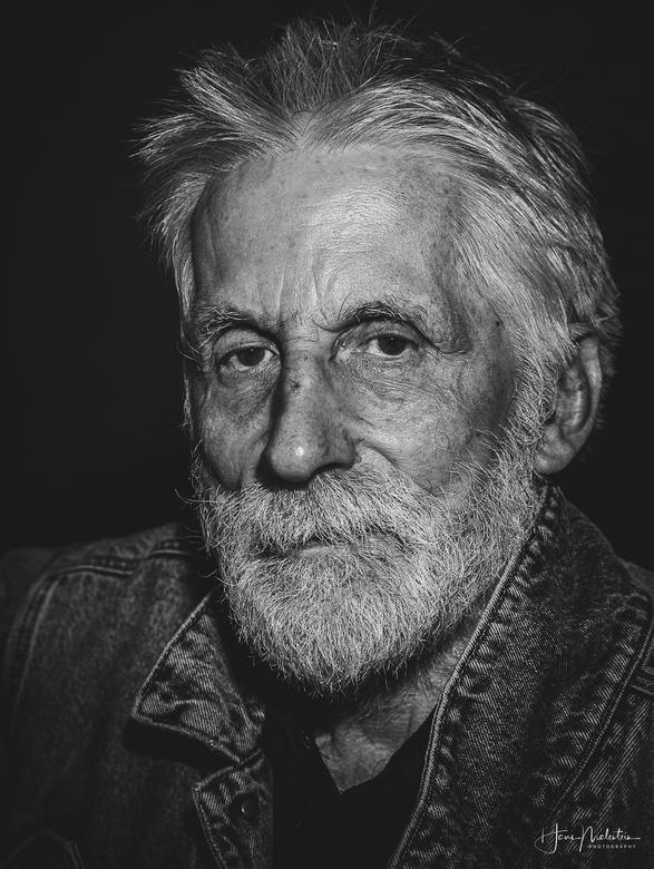 Karakteristiek portret zwart/wit  - Op 1 juni 2019 een zeer karakteristiek iemand mogen portretteren! Iemand waar de tijd stil heeft gestaan op zijn e