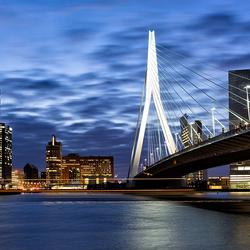 Rotterdam by night.jpg