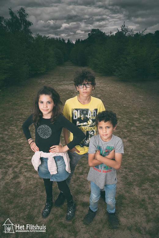 OOGHOOGTE? - OP OOGHOOGTE!<br /> Een veel gehoorde tip is om kinderen op ooghoogte te fotograferen. En inderdaad dat is zeker geen verkeerde tip.<br