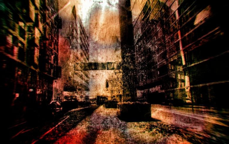 White light fades to red As I enter the City of the Dead - helaas groot zien<br /> <br /> <br /> dank voor alle waarderingen bij de vorige twee fot