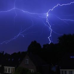 onweer boven alkmaar