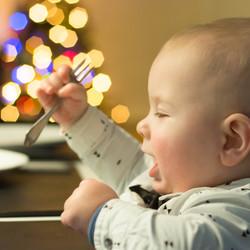 Klaar voor zijn eerste kerstdiner