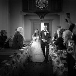 Daar komt de bruid..