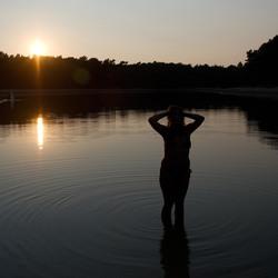 Zonsondergang aan het water met Anna
