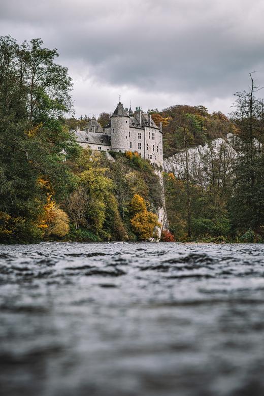 Walzin. - Het mooie kasteel van Walzin aan de lesse.<br /> <br /> Volg me gerust op:<br /> https://www.facebook.com/ShotByCanipel/<br /> https://w
