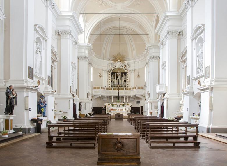 Italië 58 - Een van de vele kerken van Sienna, maar niet de kathedraal.