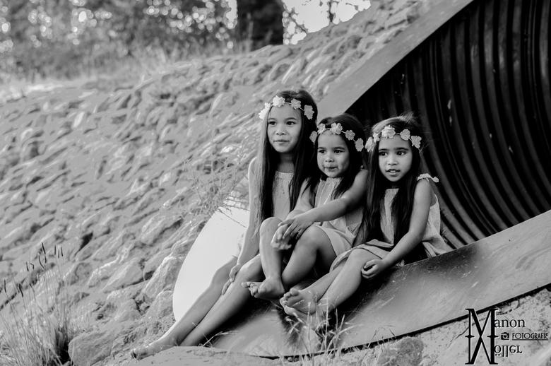 3 meiden op een rij - 3 meiden op een rij