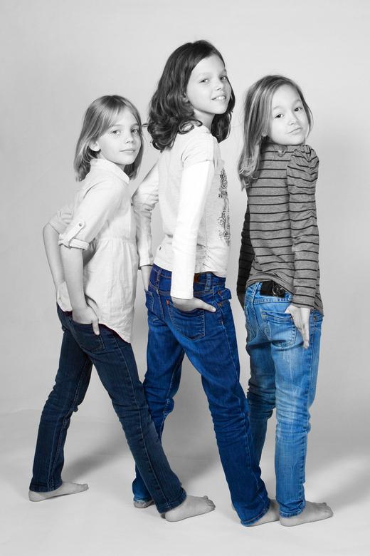 vriendinnen - Een vriendinnetje van mijn dochters wou ook wel eens model staan. Nou dat laat ik me geen twee keer zeggen. <br />