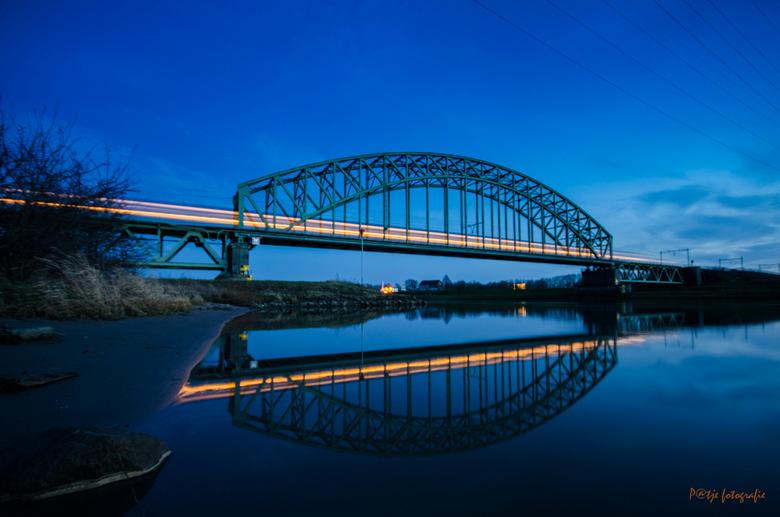 Spoorbrug - Spoorbrug bij Arnhem/Driel