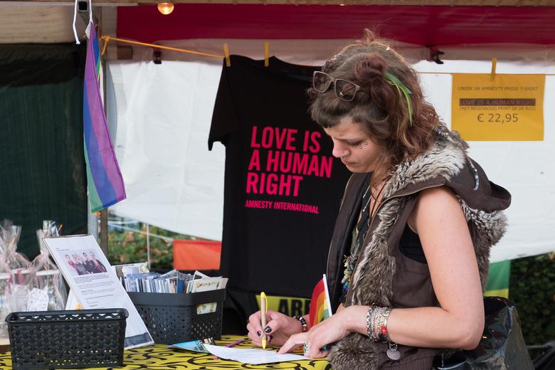 Daar teken ik voor! - Pride Dordrecht 2019.<br /> Amnesty International Dordrecht.<br /> Ik teken ervoor!