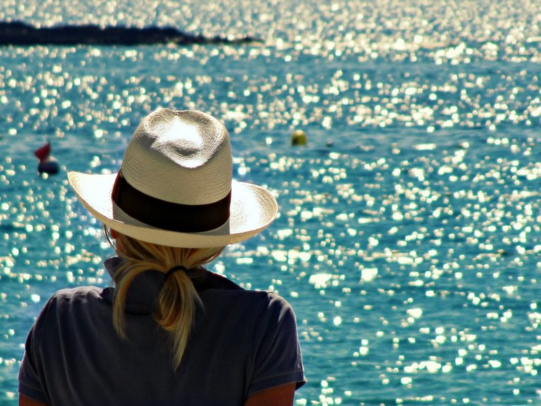 Summer feeling - Enjoying the view in Cassis, France