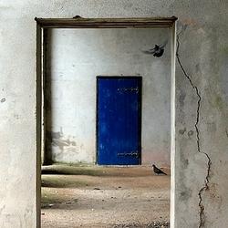 de blauwe deur