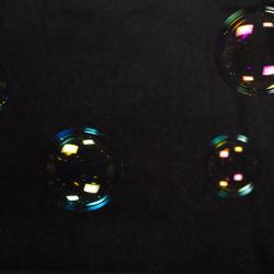 Zeepbellen bevatten zoveel kleuren