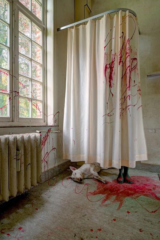 Murder she wrote …. - Ditmaal belandde Claire in een crime scene tijdens één van onze urbex tripjes
