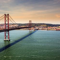 Ponte 25 de Abril, Lissabon