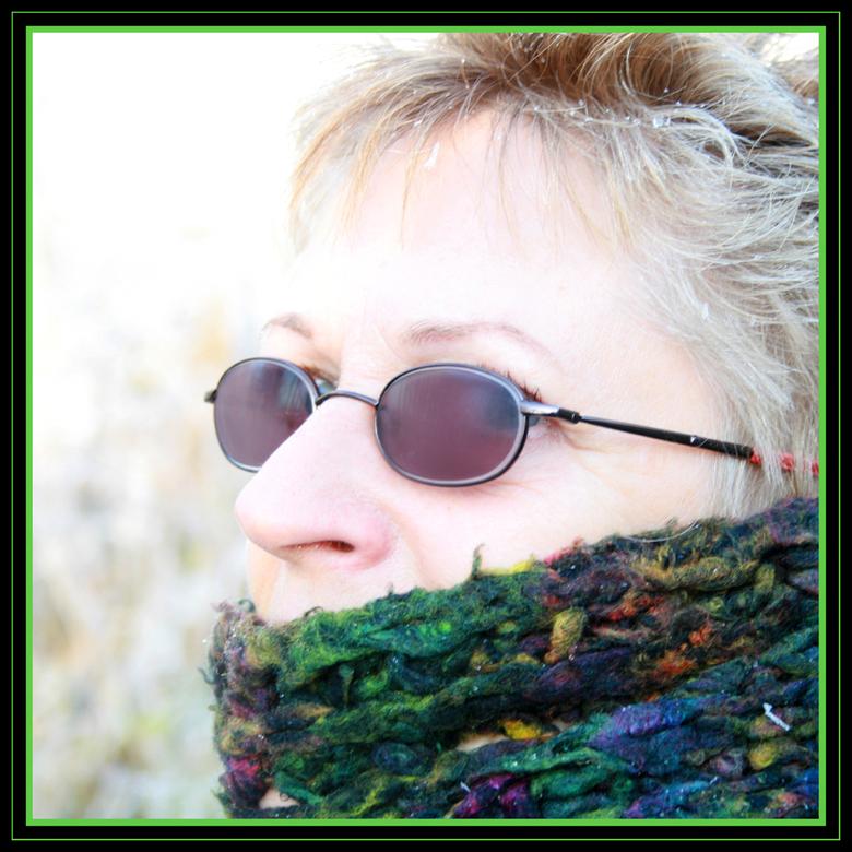 Carla 2 - Een eerste bewuste portret. Helaas was de bril beslagen. Ben benieuwd wat jullie vinden.