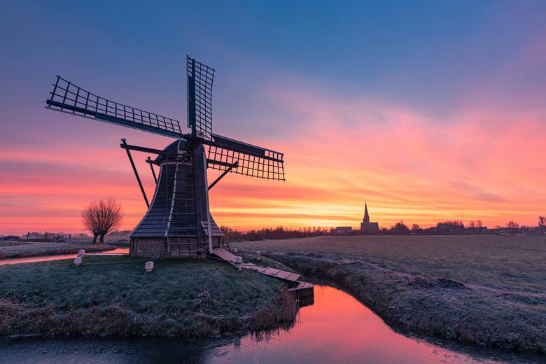 Zonsopkomst Workum - sunrise in front of Workum in Friesland