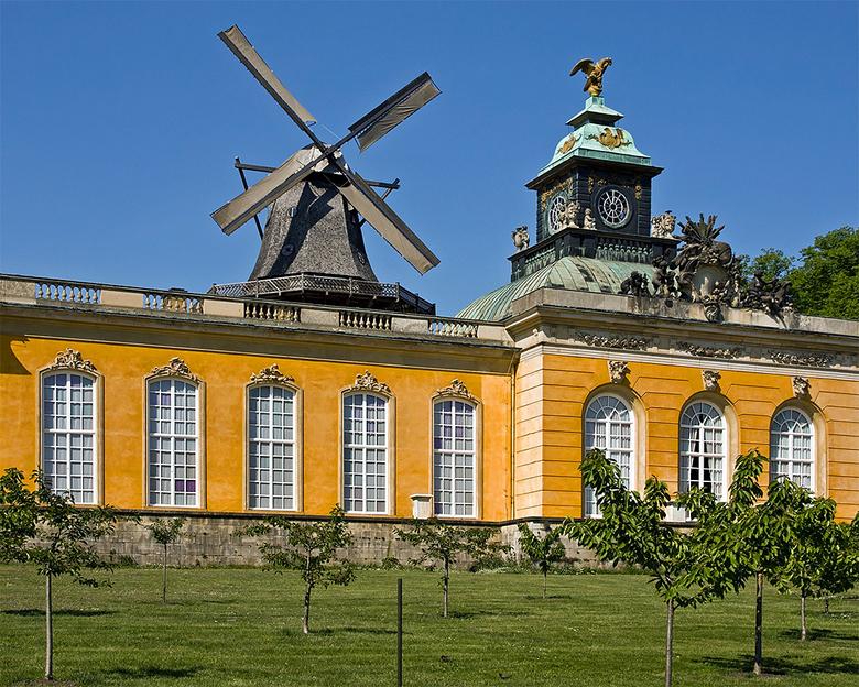 Berlijn 60 - Ook in park Sanssouci is de Hollandse invloed zichtbaar.