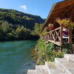 Herfst bij de rivier