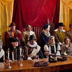 Willem van Oranje en Anna van Buren worden verwelkomd.